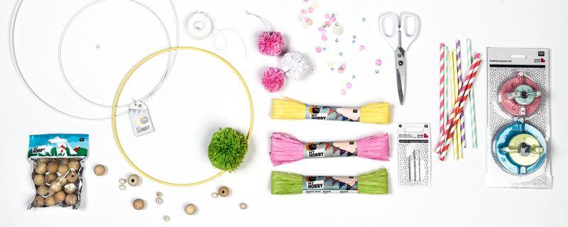 Material Für Kronleuchter Als Holzkugeln Und Pompons Basteln