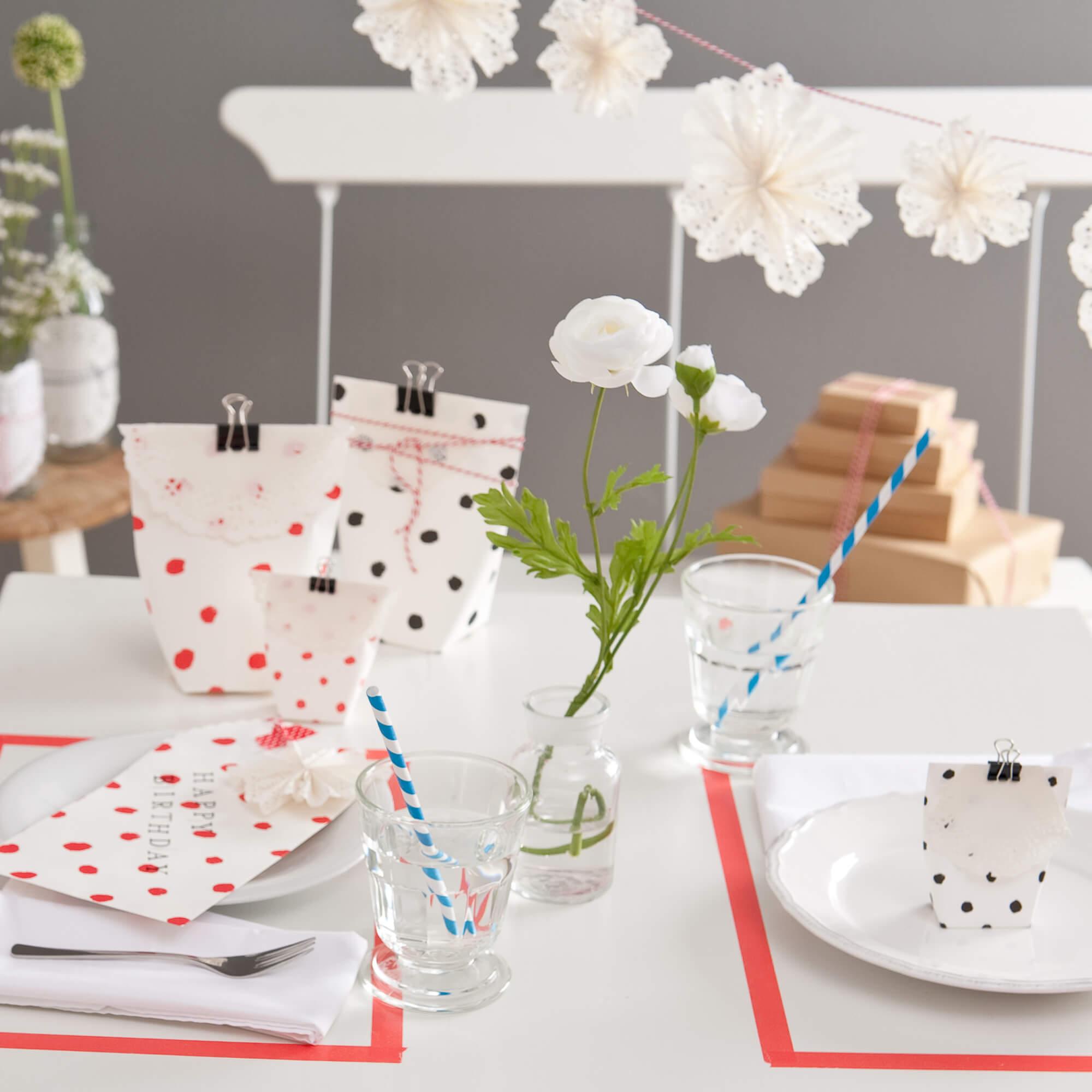 basteln und dekorieren mit tortenspitze anleitung kostenlos verwenden. Black Bedroom Furniture Sets. Home Design Ideas
