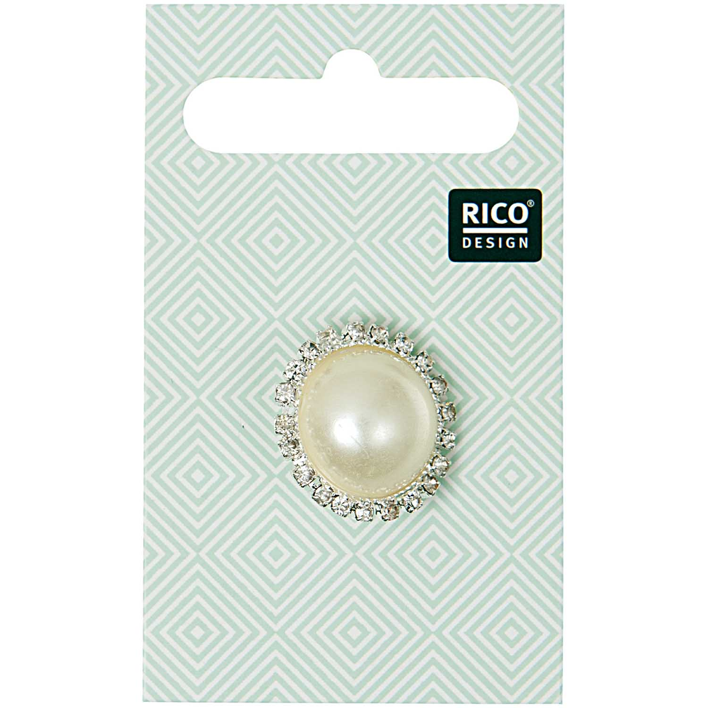 Schmuckknopf mit einer 2 Zentimeter großen Perle von Rico Design