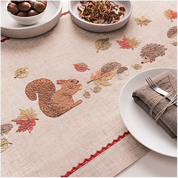 Rico Design Stickpackung Läufer Eichhörnchen 40x150cm