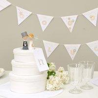 Anleitung Hochzeitstorte aus Pappdosen basteln