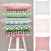 kissen bemalen mit textilfarbe gratis anleitung zum selber machen. Black Bedroom Furniture Sets. Home Design Ideas